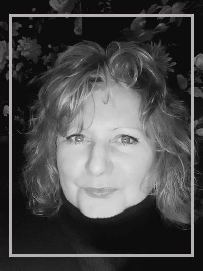 Sue J. Daniels